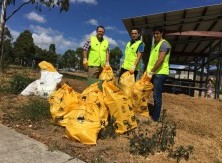 CLEAN UP AUSTRALIA DAY villa Vista Park Minto